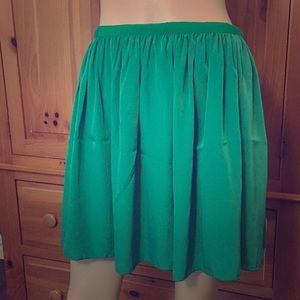 Willow and Clay Green Skirt with Pockets